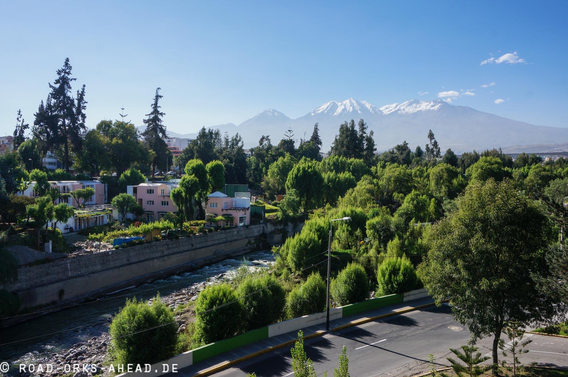 Arequipa, Blick auf die umgebenen Vulkane