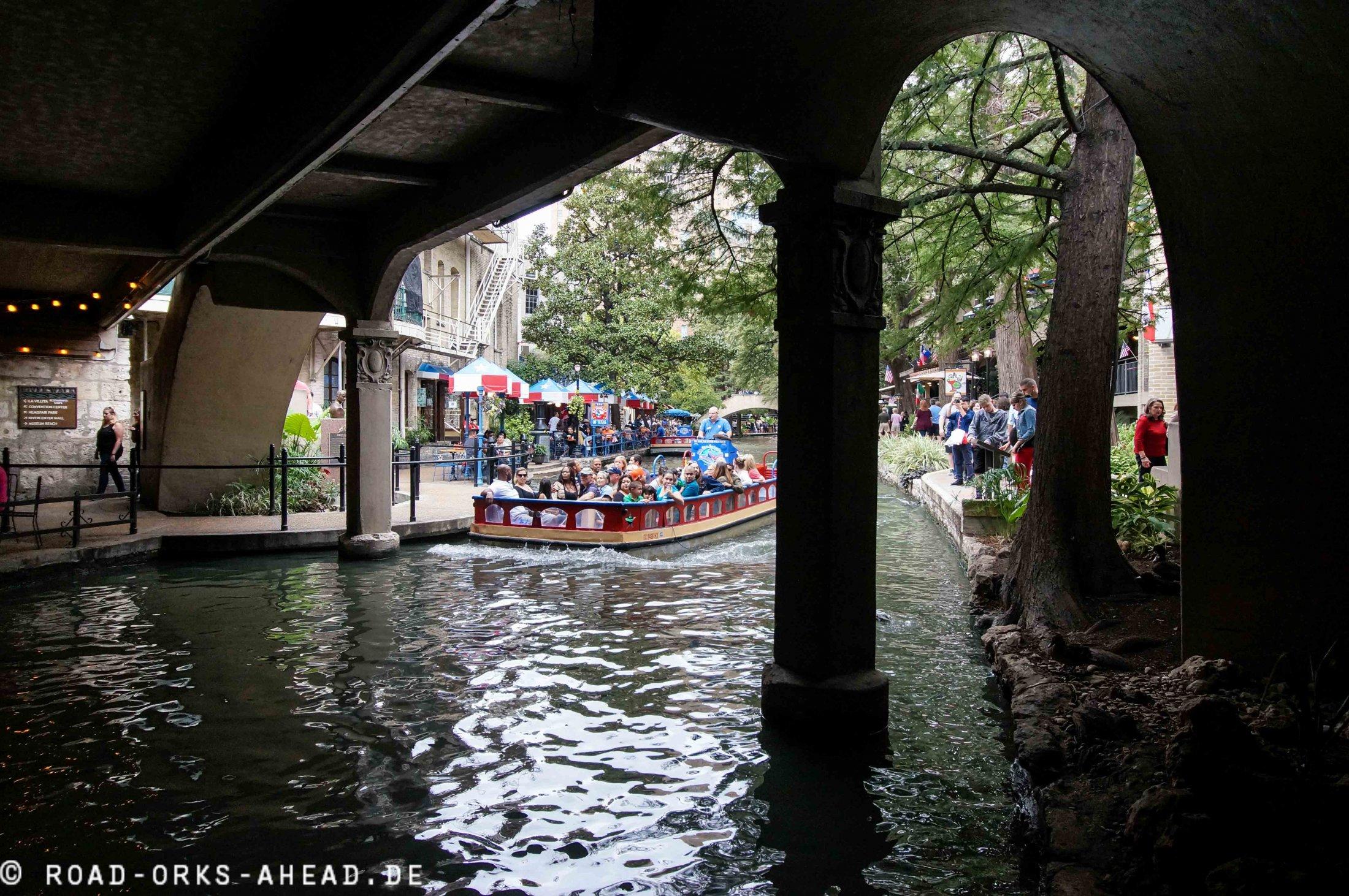 San Antonio River Bootstour