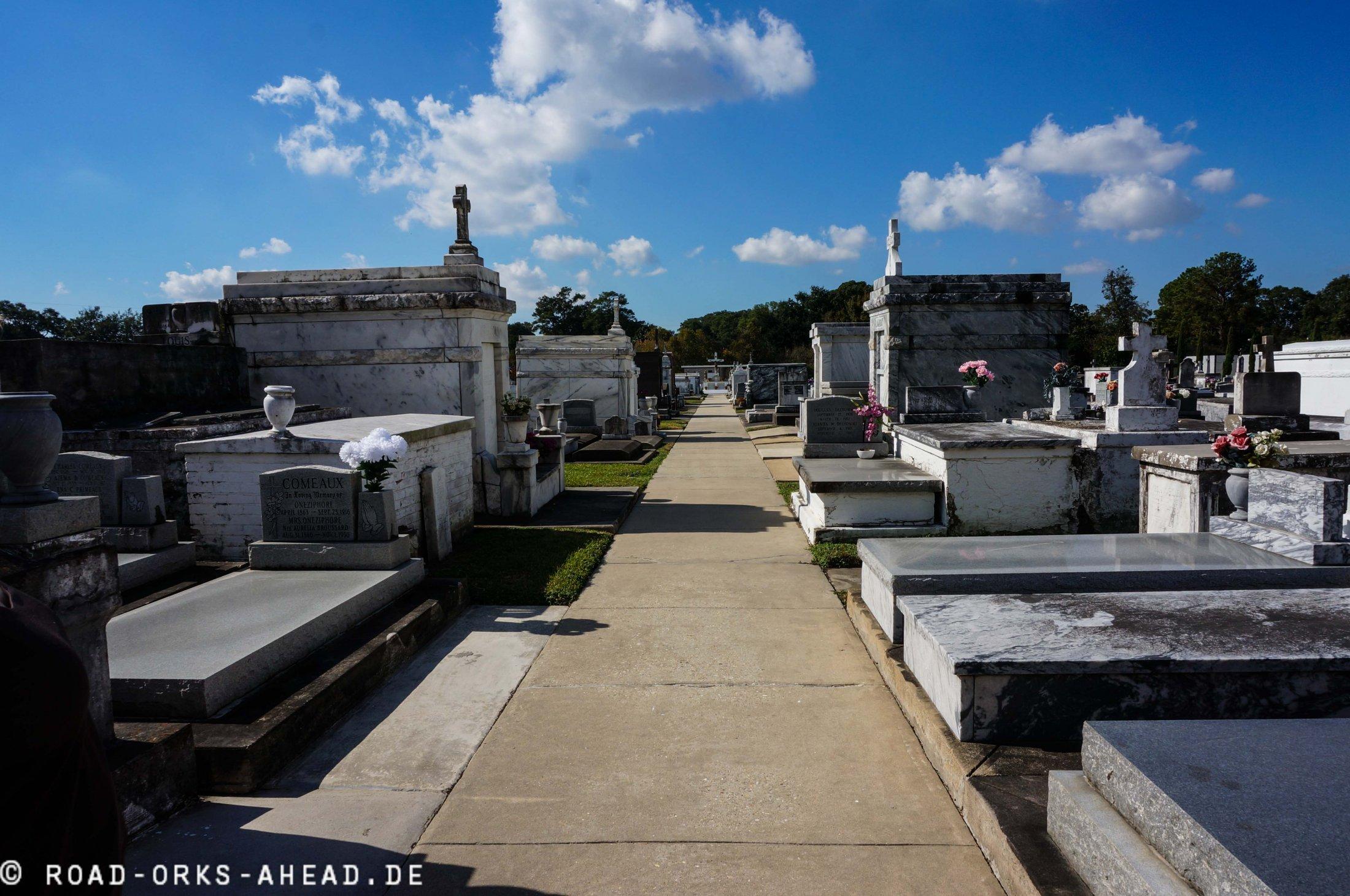 Typischer Mausoleum Friedhof
