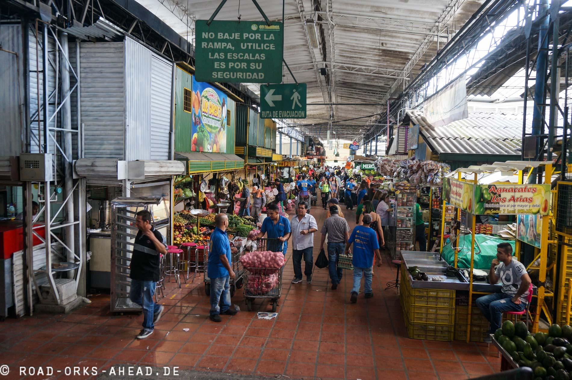 Mercado (Markt) Medellin...ein buntes Treiben