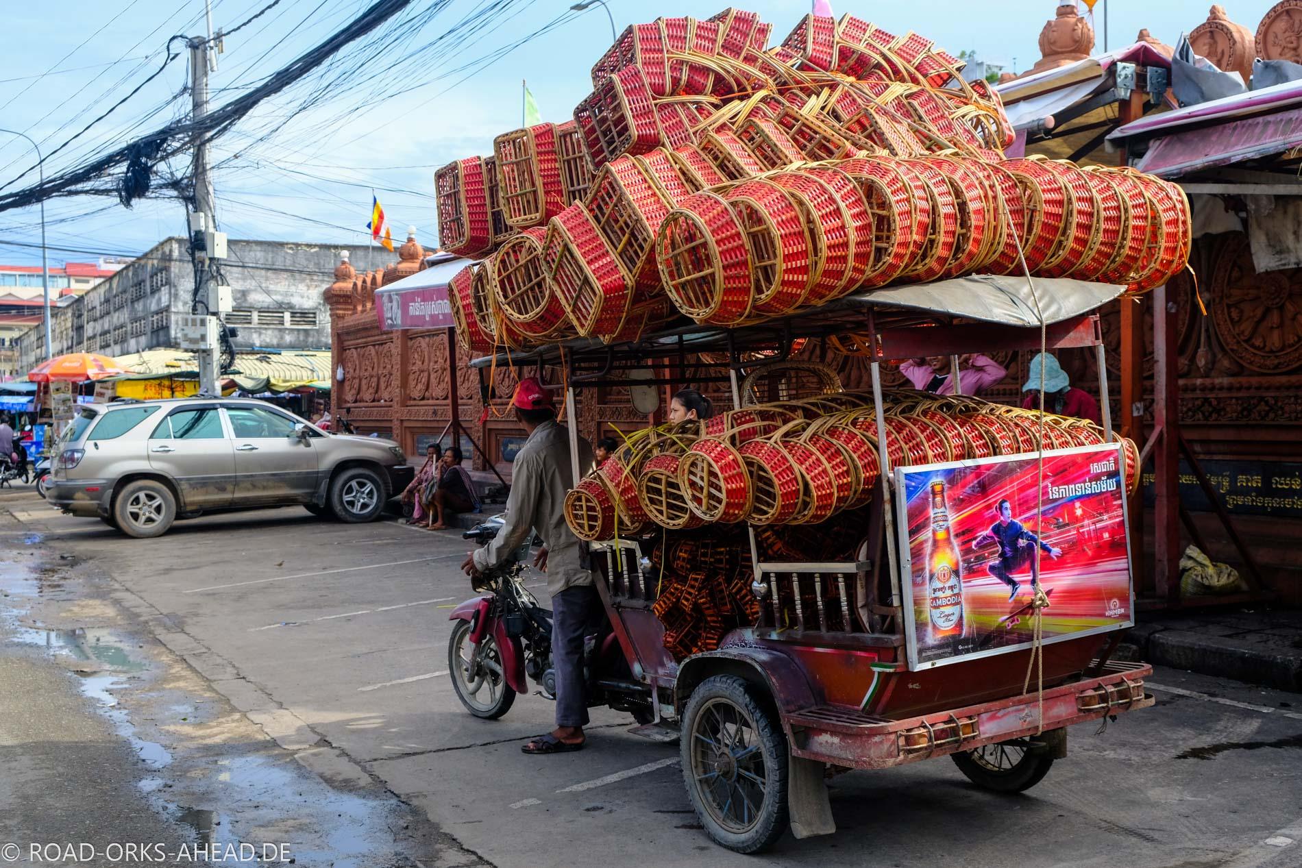 Tuk Tuk Transport