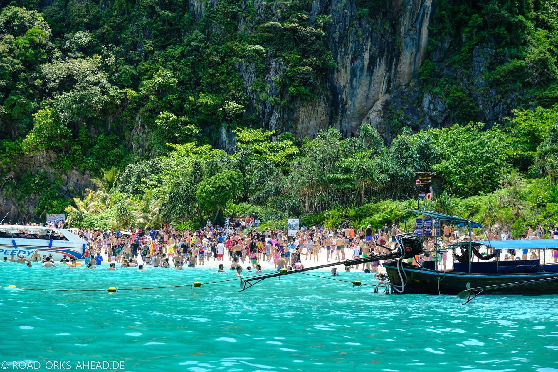 Maya Bay... total überlaufen
