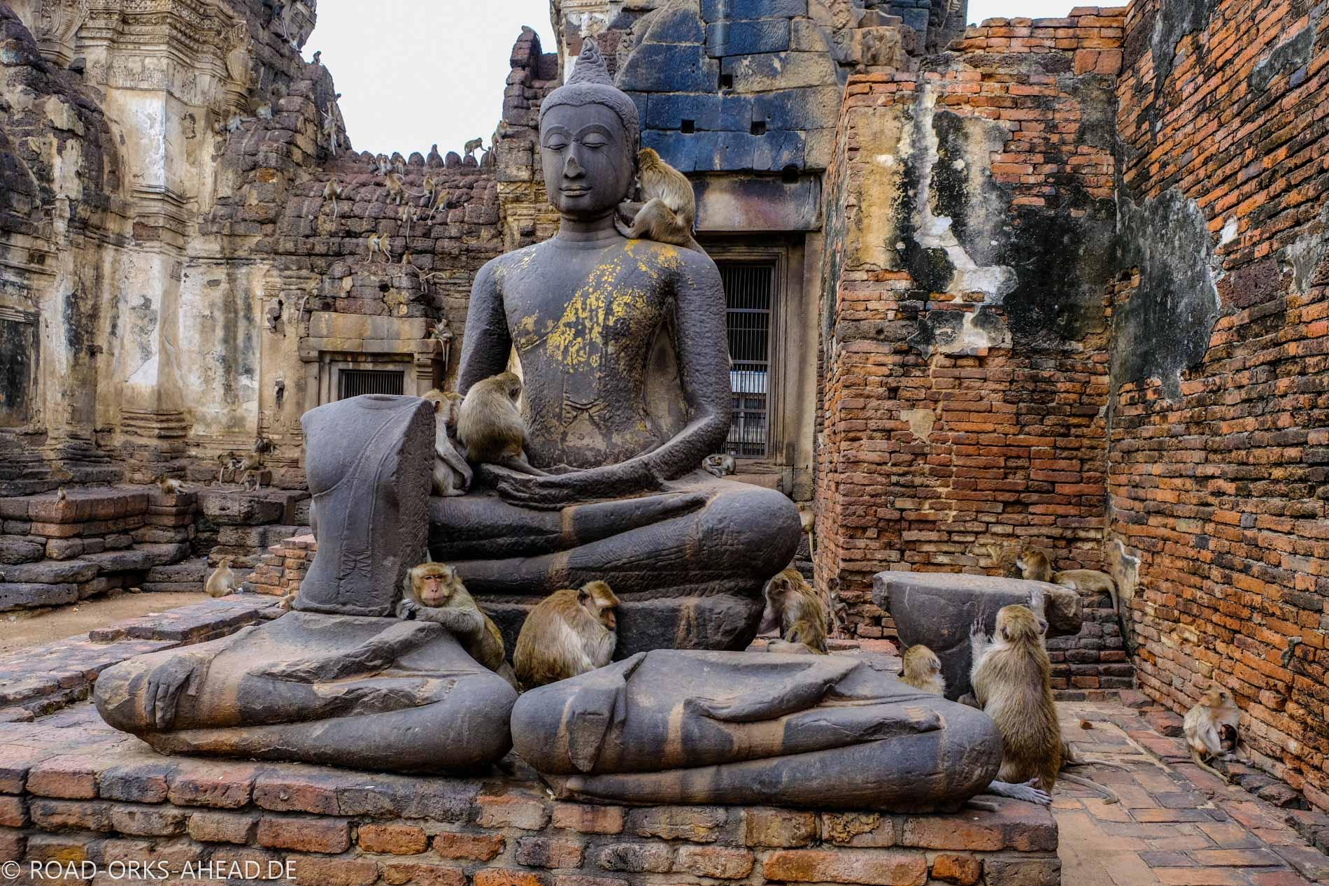 Buddha nimmts gelassen