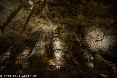 Riesige Höhlen