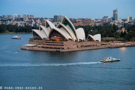 Blick auf die Oper von der Sydney Harbour Bridge