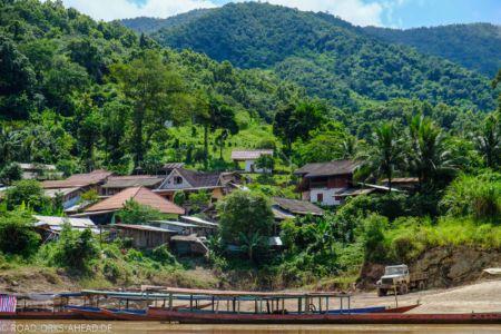 Dorf am Mekong in Laos