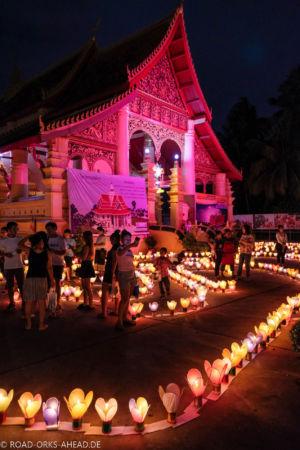 Tempel beim Lichterfest, Vientiane