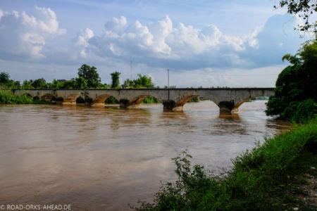 Historische französische Brücke